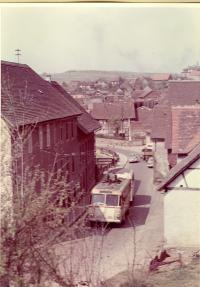 Obus in der Adlergasse in Ober-Ramstadt ca. 1954